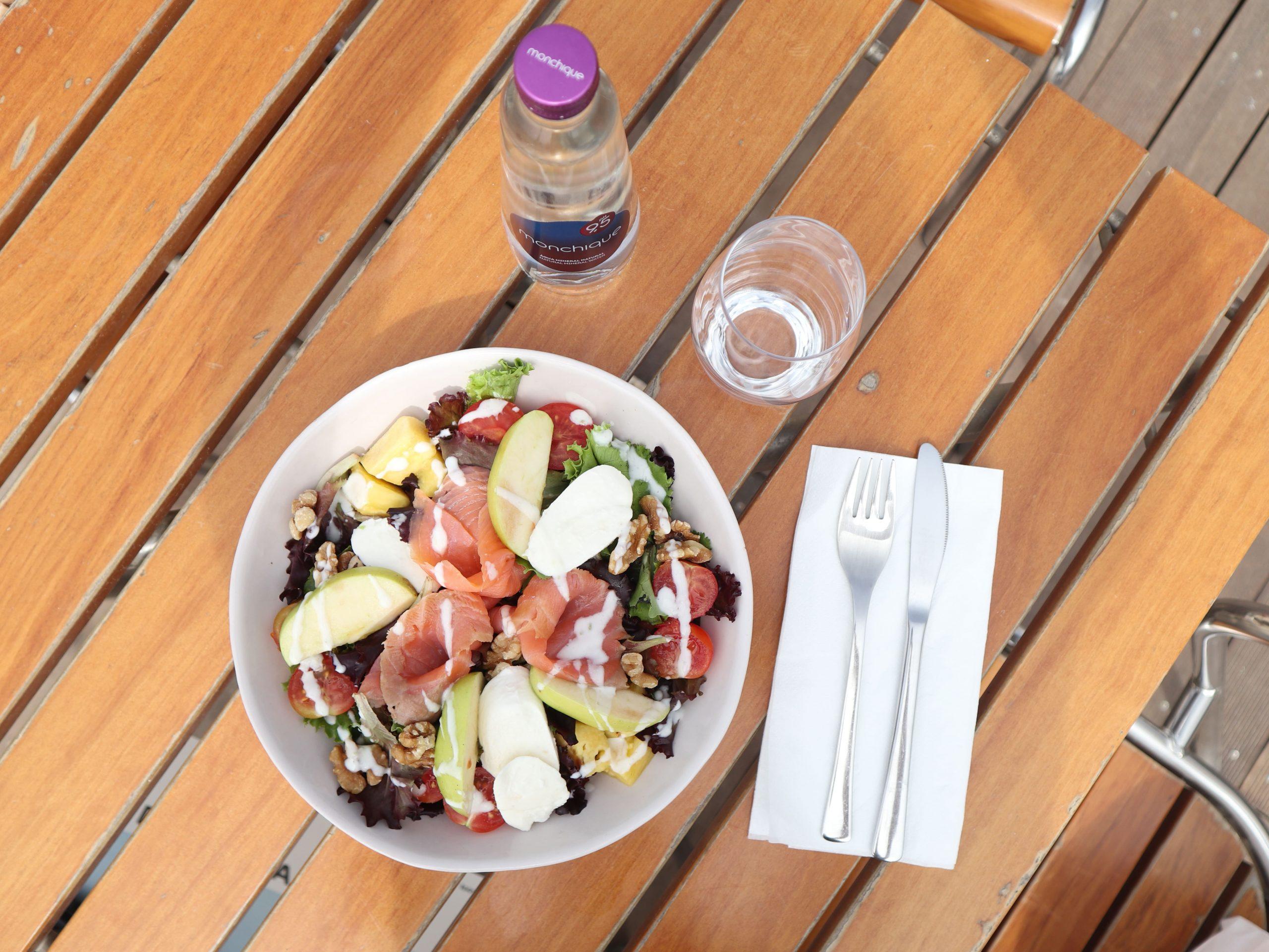 Receitas de Saladas Frescas e Nutritivas para o Verão
